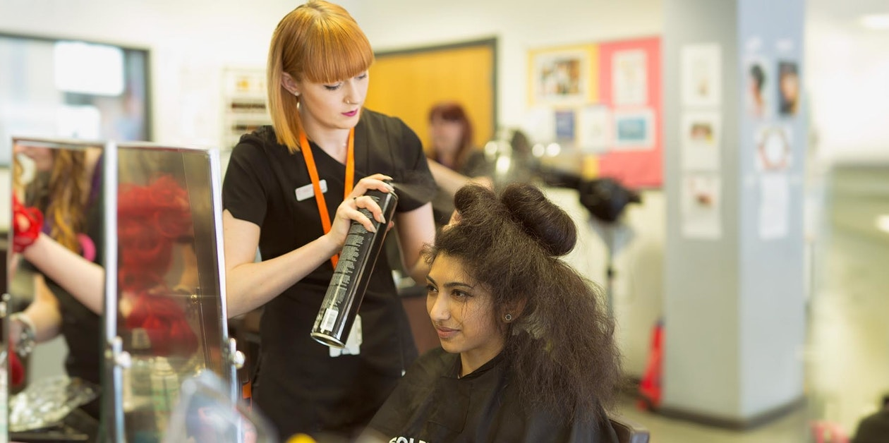Hair and Beauty Salons   Nottingham College